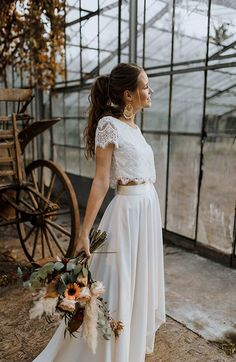 fall wedding dress All time favorites Aktuelle Kollektion - Labude Brautmode Kln Two Piece Wedding Dress, Long Wedding Dresses, Boho Wedding Dress, Boho Dress, Bridal Dresses, Wedding Gowns, Lace Dress, Civil Wedding, Lace Wedding