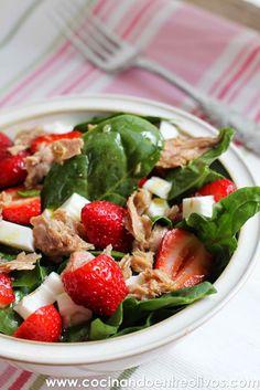 Cocinando entre Olivos: Ensalada de espinacas y fresas. Receta paso a paso...
