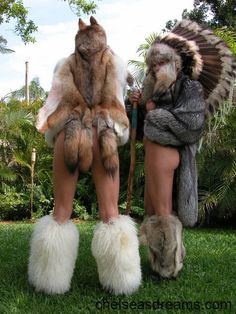 Home of Fur Fetish War Bonnet, Fur Boots, Sexy Boots, Fur Fashion, Native American Art, Indian Girls, Fancy Dress, Pin Up, Furs