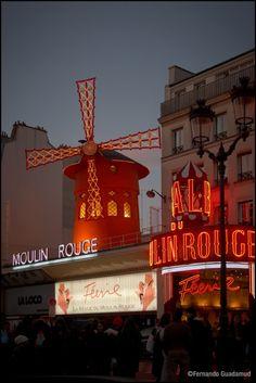 Moulin Rouge - París,France