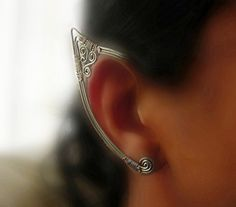 by Catch All Jewelry. Galvanized steel wire and silver toned copper wire Ear Jewelry, Jewelry Crafts, Jewelry Box, Jewelery, Jewelry Accessories, Handmade Jewelry, Jewelry Making, Unique Jewelry, Celtic