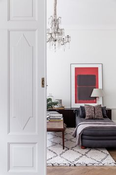 Skeppargatan 80, 2 tr   Per Jansson fastighetsförmedling Living Room, Furniture, Interior, Home Decor, Scandinavian Interior Design, Interior Design, Guest Bedroom, Home And Living, Pink Table