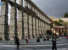 The Segovia aqueduct was built during the time of the emperor Trajan in the1st century. The aqueduct is a marvel of Roman engineering and the one in Segovia is one of the best preserved in all of Europe.