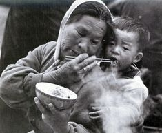 Korean People, The Old Days, Mother And Child, Beautiful World, Scenery, Old Things, Memories, History, Couple Photos