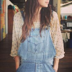 Love this overall and blouse combo! Perfect for spring #freepeople #officestyle