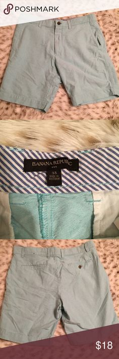 Banana Republic Shorts Banana republic men's shorts! Light blue! Size 33! Perfect for this coming spring and summer. Only worn a few times. Great condition! Comes right above the knee Banana Republic Shorts