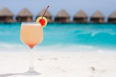10 must-haves for a beach wedding - Yahoo! She Philippines