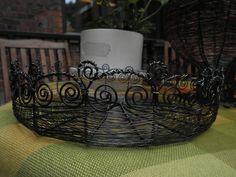 A wire basket. Wire Baskets, Wire Work, Wire, Hipster Stuff, Wire Weaving, Wire Art