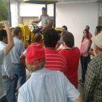 Producción entregó un tractor a la Asociación de Productores de Las Juntas (Belén)