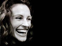 Julia Roberts  full of laughter