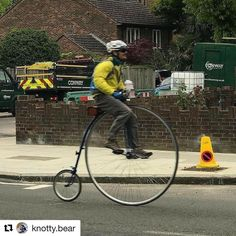 #Repost @knotty.bear with @repostapp  Minding my own business in Teddington farthing about.  #pennyawesome #pennyfarthing #pennytuesday #knottybear #laidbackcyclist #ordinarybicycle #highwheelbicycle #highwheel #londoncycling #cycling #nature #bicycle #beautifulplaces #ultimatefixie #fixie #london #hochrad #hogebi #fahrrad #wheelbuilding #wheelbuilder #pennyfarthingmews #bushypark #hamptonwick  @Regrann from @tim_hughes1 -  Penny Farthing in Teddington - #regrann