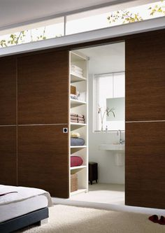 S42  http://www.accordion-doors.com/sight/sliding-partitions.html#