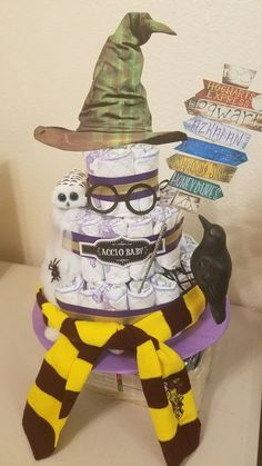 Harry Potter Diaper Cake is just cool to look at. Not sure if I would ever want a hp themed baby shower though Baby Shower Diapers, Baby Shower Cakes, Baby Shower Gifts, Baby Gifts, Diaper Shower, Baby Presents, Unique Diaper Cakes, Nappy Cakes, Baby Boys