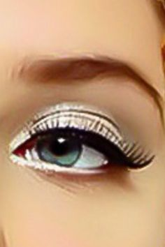 cool eyeshadow for blue eyes