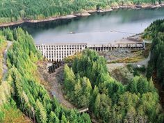 12/29/2014 - Residents below aging BC dam warned: in case of major earthquake, get out in 10 minutes or die