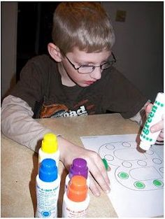 Simply Montessori: Do-A-Dot Marker Activities & Free Printables! Preschool Learning, Early Learning, Learning Activities, Kids Learning, Teaching, Learning Time, Learning Tools, Alphabet Activities, Craft Activities For Kids