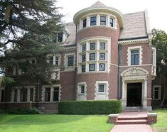 "Featured on the new TV series ""American Horror Story,"" it's haunted and known as ""Murder House"" on the show, but in real life it's the stately Rosenheim Mansion in L.A."