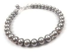 A beautiful, silver-grey freshwater grade AA pearl bracelet. Freshwater pearls in a soft and lustrous shade with a Swarovski rondelle accent. Pearl Bracelet, Pearl Jewelry, Sterling Silver Jewelry, Pearl Necklace, Silver Bracelets, Fresh Water, Indigo, Swarovski, Sparkle