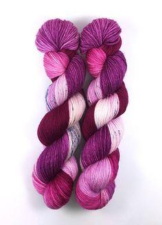 Purples  100% Merino superwash  260m / 100 g  hand dyed