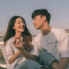 Korean Best Friends, Boy And Girl Best Friends, Cute Couple Pictures, Best Friend Pictures, Relationship Goals Pictures, Cute Relationships, Cute Couples Goals, Couple Goals, Korean Couple Photoshoot