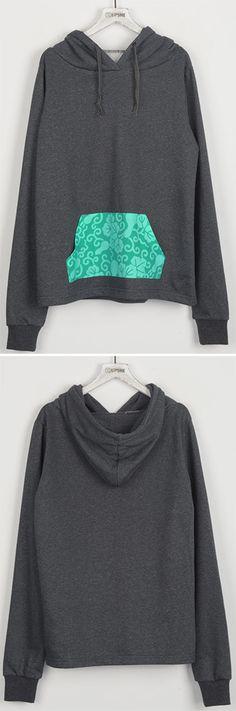 Permanent Mark Contrast Color Pocket Sweatshirt