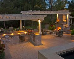 Outdoor kitchen and living room - a girl can dream!!!