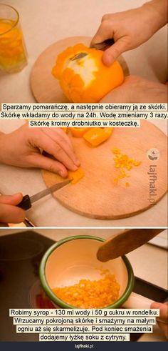 Jak zrobić skórkę pomarańczową?  - Sparzamy pomarańczę, a następnie obieramy ją ze skórki.  Skórkę wkładamy do wody na 24h. Wodę zmieniamy 3 razy.  Skórkę kroimy drobniutko w kosteczkę.                                              Robimy syrop - 130 ml wody i 50 g cukru w rondelku.  Wrzucamy pokrojoną skórkę i smażymy na małym  ogniu aż się skarmelizuje. Pod koniec smażenia  dodajemy łyżkę soku z cytryny. Plastic Cutting Board, Baking, Fruit, Food, Bakken, Essen, Meals, Backen, Yemek