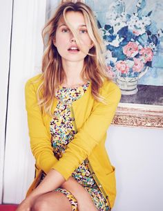Love the combo of mustard yellow and floral for summer