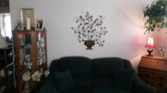 upside down view of north wall of living room -- photographer needs lessons badly