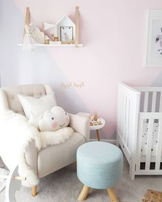 Sweet girls nursery. Pink nursery ideas.