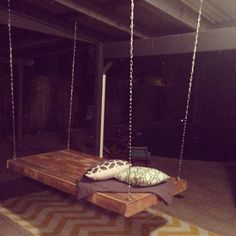 We have made this royal enlargement of DIY pallet daybed or Pallet Swing to our DIY pallet furniture products. The bed for lazy afternoons is firmly and Pallet Furniture Designs, Wooden Pallet Furniture, Wooden Pallets, Wooden Diy, Outdoor Furniture, Hanging Swing Chair, Hammock Swing Chair, Swinging Chair, Hanging Chairs