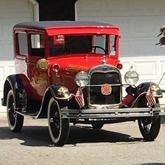 Best Classic Cars, Old Cars, Antique Cars, Cute Animals, Good Things, Antiques, Vehicles, Trains, Daisy