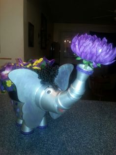 Flower Pots, Flowers, Terracotta Pots, Crafts To Do, Garden Projects, Dinosaur Stuffed Animal, Terra Cotta, Create, Toys