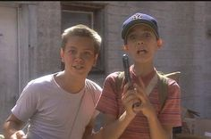"""20 Wise Lessons You Learned From """"Stand By Me"""""""