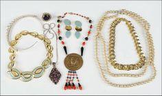 A Kramer Purple Rhinestone Pendant Necklace : Lot 133-9113 #kramer #purple #rhinestone #accessories