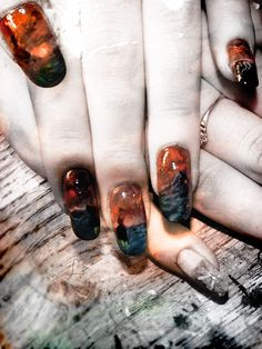 """Enter Mordor"" nail art"