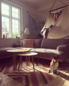#bruunmunch #PLAYround #danish #design #scandinavian #producedindenmark #style #interiordesign #madeindenmark #coffeetable #sidetable #table #interiordesign #interior #home #homedecor #decor #inspiration #nordicdesign #wood #furniture #woodfurniture #dog #animal