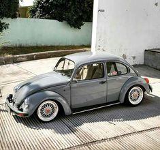 Volkswagen Beetle Vintage, Car Volkswagen, Vw Cars, Volkswagen Transporter, Custom Vw Bug, Vw Super Beetle, Kdf Wagen, Vw Classic, Vw Vintage
