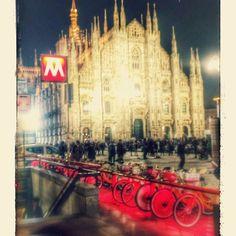 Duomo Milano. Red filter. #milano #duomo #red #filter #bicycle #rossosalone