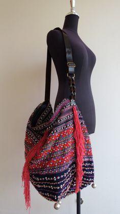 Ethnic Handmade Handbags vintage fabric Tote-bohemian bags