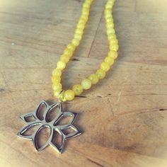 Flor de loto  Plata y ágatas