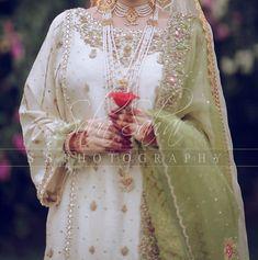 Bridal Mehndi Dresses, Nikkah Dress, Pakistani Formal Dresses, Shadi Dresses, Pakistani Wedding Outfits, Bridal Dress Design, Pakistani Wedding Dresses, Pakistani Dress Design, Bridal Outfits