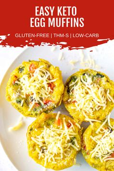 Fluffy keto egg muffins are an easy make-ahead breakfast filled with sausage, cheese, spinach, and more! These egg muffins are the perfect healthy breakfast! #ketobreakfast #eggmuffins Thm Recipes, Healthy Eating Recipes, Brunch Recipes, Breakfast Recipes, Breakfast Items, Recipes Dinner, Bread Recipes, Healthy Low Carb Breakfast, Healthy Breakfasts
