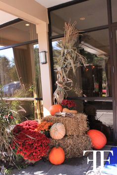 Flowerful Events | October 2012 | Brynwood Golf & Country Club | DECOR: Entrance | THEME: Fall/Halloween | Orange Weddings | Flowerful Events