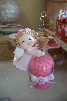 Aaaaawwww.....this little angel is SO cute!!!
