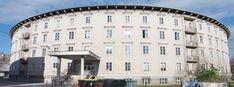 #Апартаменты  Один из лучших вариантов, выбранных нами в городе Любляна. Апартаменты #Ljubljana #Center расположены в городе Любляна, в 700 м от от Старого города. К услугам гостей бесплатная парковка. Работает бесплатный Wi-Fi. До дома-музея Плечника — 300 м.  В числе удобств полностью оборудованная кухня с плитой, микроволновой печью, холодильником и чайником. Из окон апартаментов открывается вид на парк. В распоряжении гостей собственная ванная комната с ванной и душем, Slovenia, Wi Fi, Multi Story Building