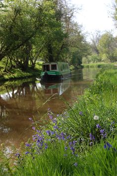 Mon & Brec Canal Holidays can be as active or relaxed as you wish. recon Canal holidays on the Mon & Brec Canal. The pace of your Brecon canal holiday in Wales is entirely up to you. You can walk to the village for morning papers and set off after breakfast, or move off through...