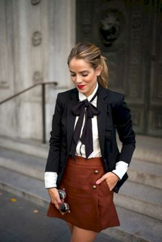 Gorgeous 68 Pretty Fall Outfits with Blazer Inspiration from https://fashionetter.com/2017/08/25/68-pretty-fall-outfits-blazer-inspiration/