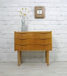 Small Danish Oak chest of drawers Furniture, House Design, Vintage Interior, Drawers, Retro Mid Century, Retro Vintage, Vintage Mid Century Furniture, Cool Furniture, Oak