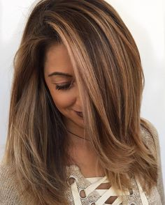 We are the largest community in the world for salon professionals with over members worldwide! Check out our website with pages of salon related articles, collections, step-by-steps, business support! Balyage Long Hair, Bayalage Brunette, Brunette Hair, Balayage Hair, Cut Her Hair, Hair Cuts, Hazelnut Hair, Going Blonde, Caramel Balayage